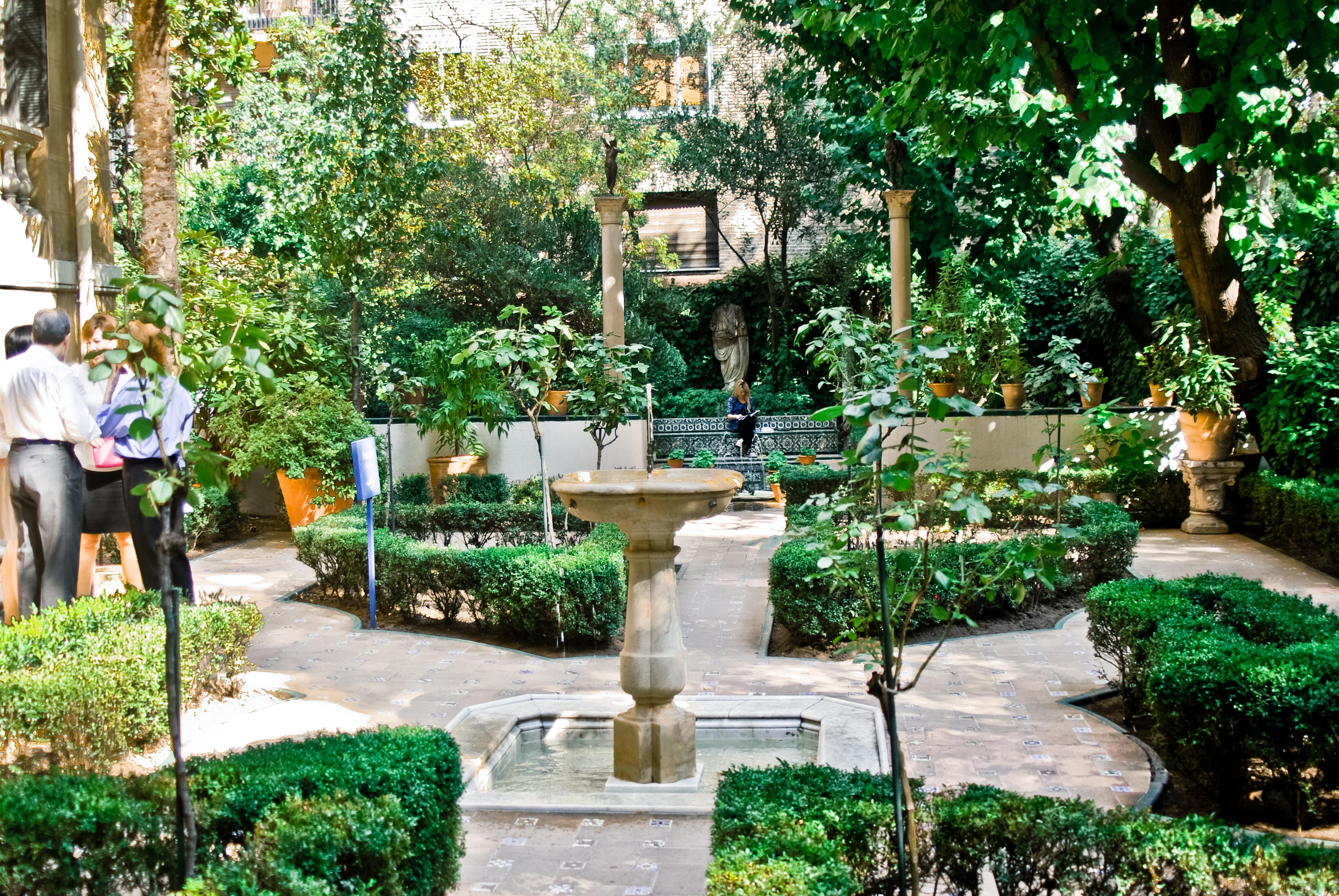 garden scene in Madrid