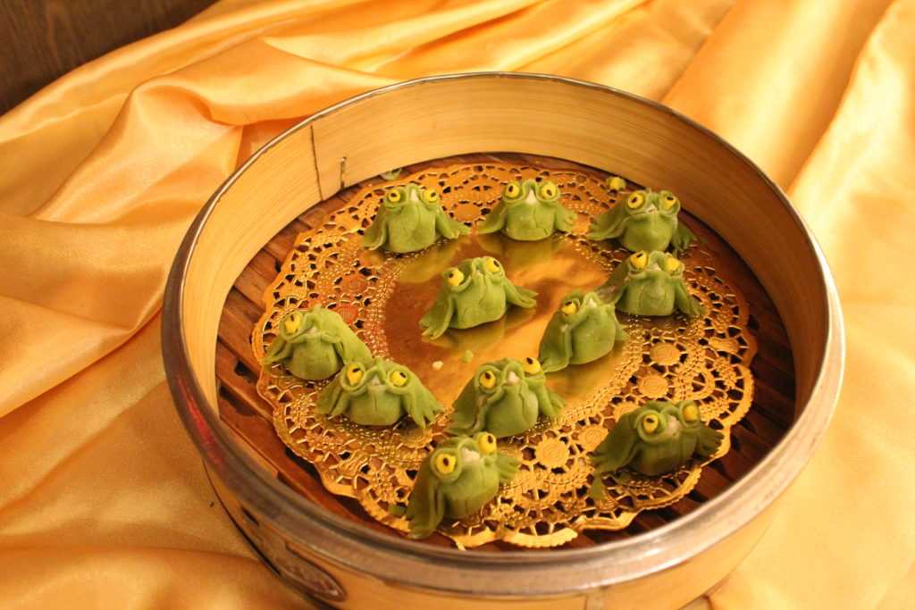 Dumplings shaped like frogs